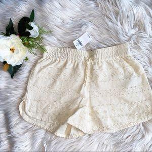 🆕Girl's Ivory Eyelet Shorts